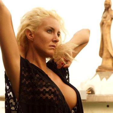 Cântăreața Anca Pop a murit, la 34 de ani, după ce a căzut cu mașina în Dunăre