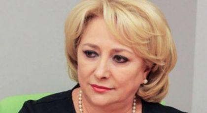 Viorica Dăncilă, bătută în plină stradă. Viitorul premier al României, agresat pentru că a rupt afișe electorale