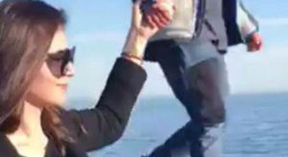 """Monica Gabor, filmată cu o burtică suspectă! A ieșit la plimbare cu fiul ei, iar acest detaliu a ieșit în evidență: """"Am zis că nu văd bine!"""""""