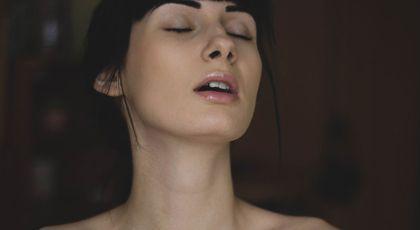 Ejacularea la femei: Medicii au aflat care e adevărul din spatele ei