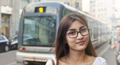 """""""M-am măritat cu băiatul din tramvai"""". Povestea incredibilă a Oanei! Tânăra din București tocmai suferisem o mare decepție în dragoste"""