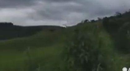 Un fenomen meteo rar a dezlănţuit creaturile groazei pe cer. Filmarea a atras atenţia planetei. Video.