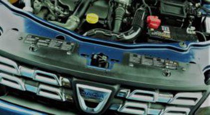 Dacia cu motoare defecte? Un român s-a trezit fără mașină, dar Renault neagă problemele