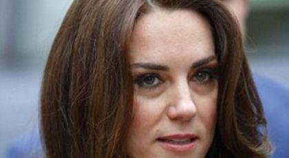 Detaliul îngrijorător observat la mâinile lui Kate Middleton: 'Se rănește singură când...