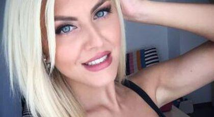 EXCLUSIV / FOTO Ea e motivul care îl ține la Dinamo! S-a certat cu toată conducerea pentru sexy-știrista de la Antena 1