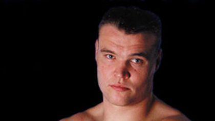 Luptătorul Semmy Schilt împlineşte 35 de ani