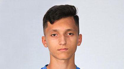 Roberto Mălăele a devenit cel mai tânăr debutant din istoria fotbalului românesc. Nepotul actorului Horațiu Mălăele a doborât recordul lui Nicolae Dobrin | VIDEO