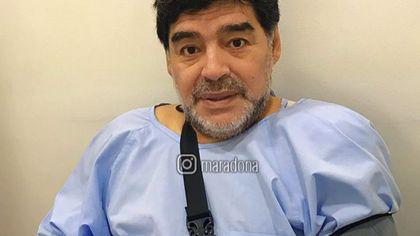 Diego Maradona, operat la umărul stâng. Intervenția chirurgicală a durat o oră și jumătate