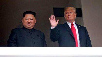 Donald Trump a ajuns la Hanoi pentru summit-ul cu Kim Jong-un