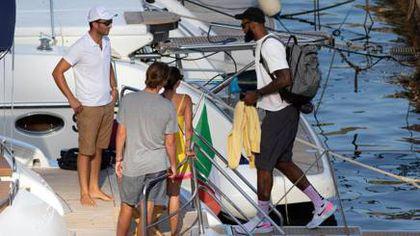 LeBron James, vacanță în Italia. Baschetbalistul de la Los Angeles, cu soția în arhipelagul Li Galli
