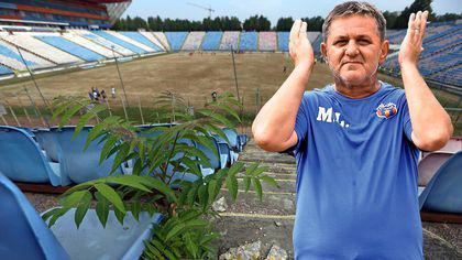 Adio, pică Templul! A început demolarea stadionului Steaua: vise, iluzii, drame și bucurii, de-a valma sub șenilele buldozerelor/FOTO