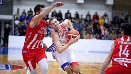 Steaua a câștigat derby-ul de la baschet cu Dinamo