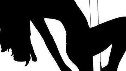 VIDEO Imagini scandaloase! Stripperițe aduse la aniversarea unui copil de 13 ani, chiar de tatăl său