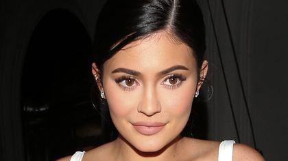 Kylie Jenner și-a scos fillerele cu acid hialuronic și arată complet diferit