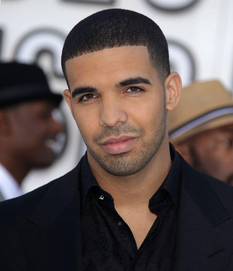 VIDEO   Drake a donat 1 milion de dolari și a filmat reacțiile oamenilor. Videoclipul s-a viralizat în câteva clipe
