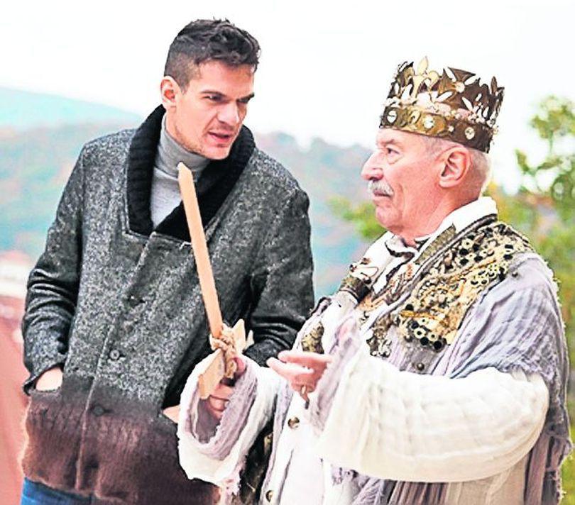 Victor Rebengiuc, rege chinuit, în clipul trupei lui Tudor Chirilă