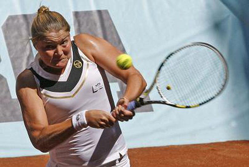 Dinara Safina s-a retras din tenis