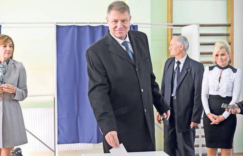 E INCREDIBIL AȘA CEVA! Ce cred mulți români despre Klaus Iohannis te va îngrozi
