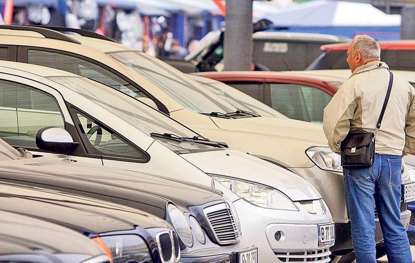 Februarie și martie, lunile preferate de români pentru a-și vinde autoturismele second hand