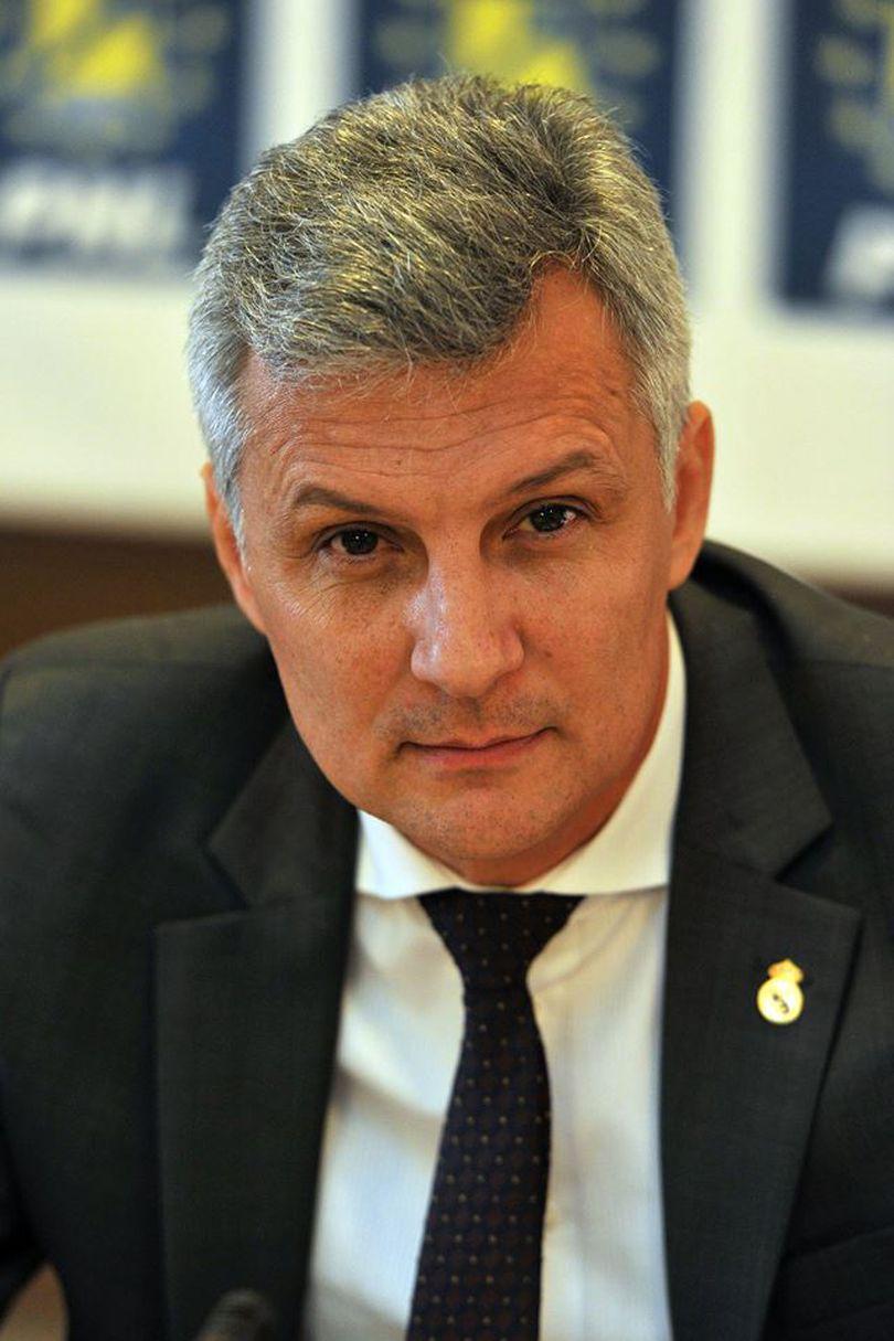 Un senator PNL îl acuză pe Tudose că blochează actualizarea prețului la gaze naturale: Statul pierde peste 1 milion de euro în fiecare zi!