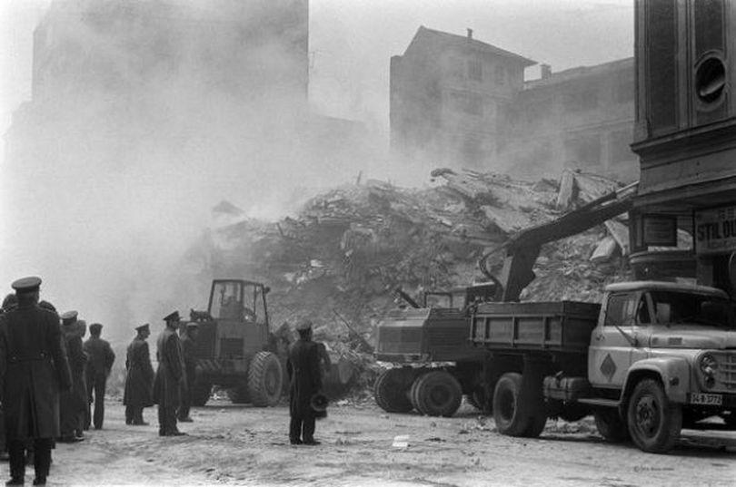 Documente CIA declasificate. Cutremurul devastator din 1977 a lăsat România în beznă și la mila țărilor din jur. Cum ne-a ajutat URSS