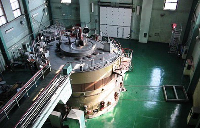 EXCLUSIV. Cel mai bătrân reactor din România primește o nouă viață de la cel mai puternic laser din lume