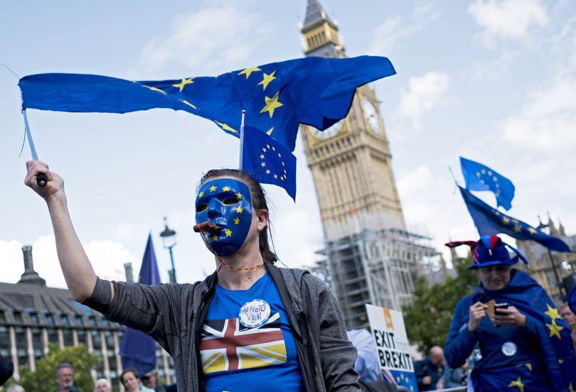 UE a eliminat clauza privind sancțiunile aplicate Marii Britanii în perioada de tranziție post-Brexit