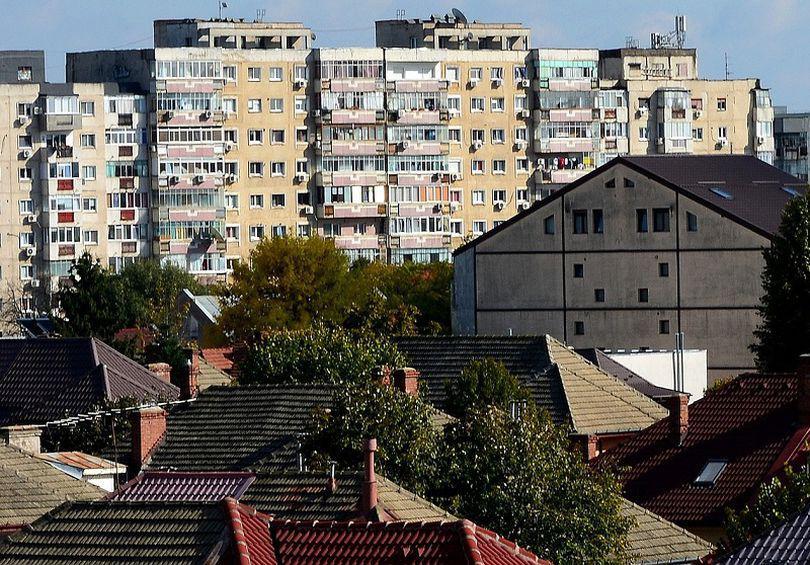 Cel mai ieftin apartament cu 3 camere de vânzare în București poate fi cumpărat la preț de garsonieră