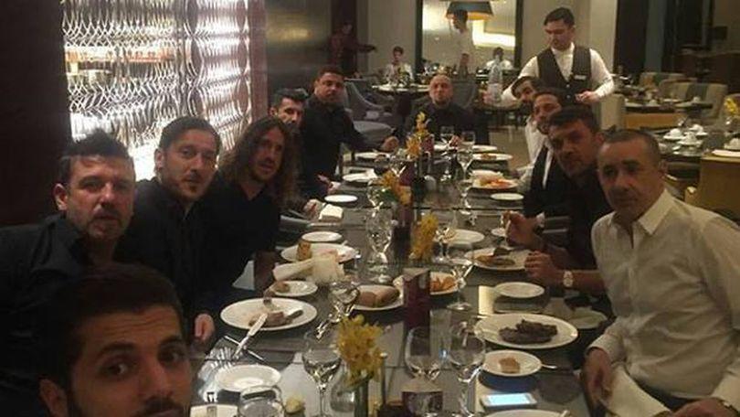 Cina vedetelor. Un emir a organizat la Riyad o masă cu Ronaldo, Maldini, Totti, Puyol, Figo