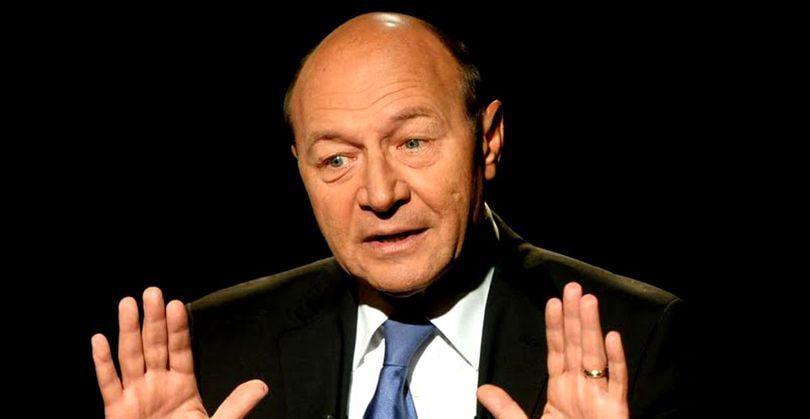 """Traian Băsescu, despre intenția lui Tudorel Toader de a sesiza CCR: """"O să-şi ruineze cariera"""""""