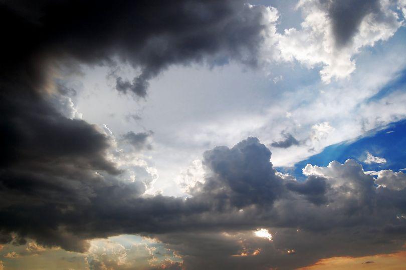 Prognoza meteo pentru minivacanța de Rusalii. Vreme caldă, dar instabilă