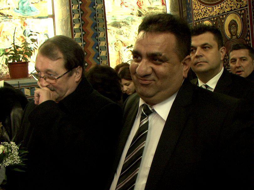 Bercea Mondial și fiul său, judecați pentru că au vrut să-l ucidă pe actualul viceprimar al Slatinei. S-a întâmplat în 2009