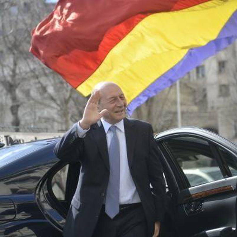 Ce pensie are Traian Băsescu, după ce a fost comandant de navă, primar şi de două ori preşedinte. Torționarul Ion Ficior primea o sumă aproape dublă!