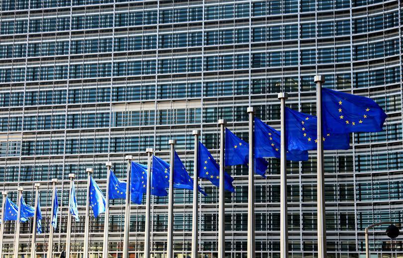 Reacția Comisiei Europene, după anunţul Vioricăi Dăncilă despre mutarea ambasadei din Israel
