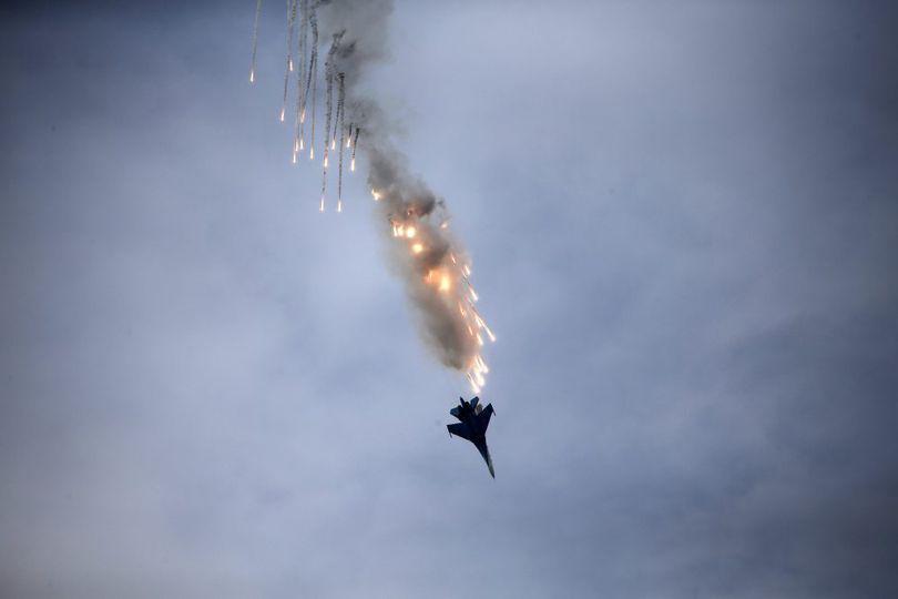 Tragedie în Ucraina. Un avion al armatei s-a prăbușit