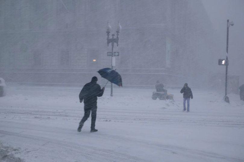 Vremea va fi schimbătoare în București. Când sunt așteptate ploi, lapovițe și chiar ninsori