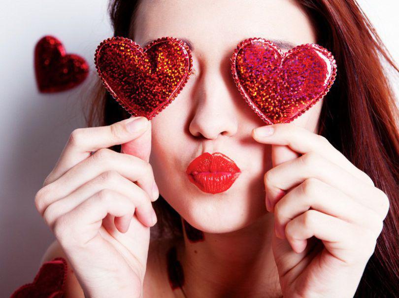 Valentine's Day 2019. Ce mesaje de dragoste îi poți transmite persoanei iubite. Cum alegi cadoul perfect