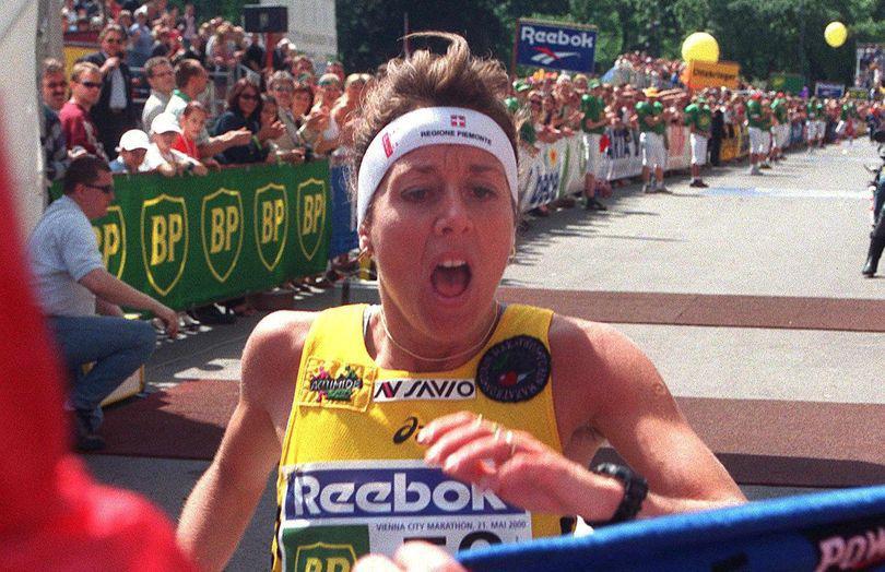 O maratonistă cunoscută s-a spânzurat. În noiembrie anul trecut fusese lansat un film despre cariera ei