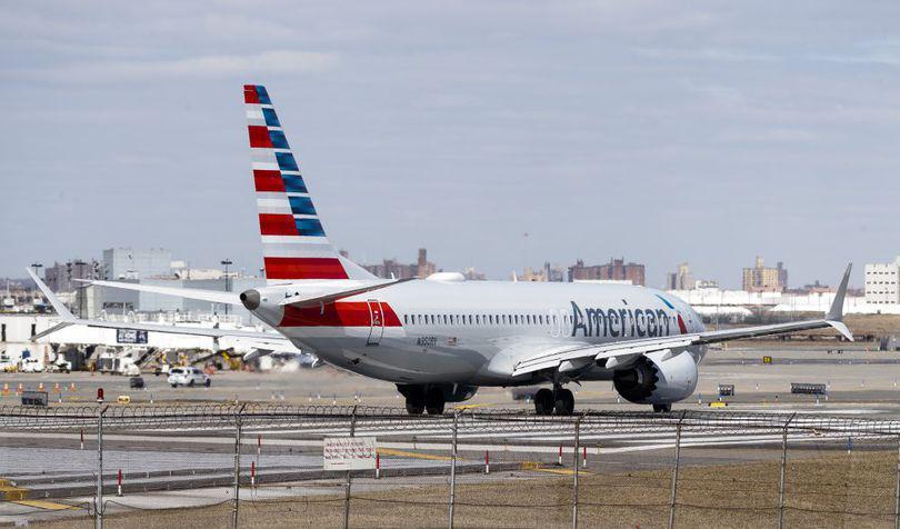 Donald Trump a anunţat că toate avioanele Boeing 737 MAX 8 şi MAX 9 vor fi oprite la sol în SUA, ca urmare a tragediei aviatice din Etiopia