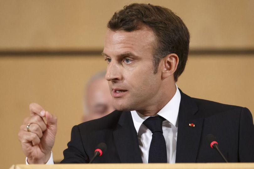 """Emmanuel Macron a declarat că lumea trece printr-o criză profundă: """"Suntem la un pas de război"""""""